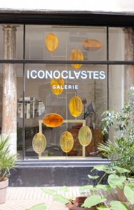 Iconoclastes exhibition in Paris featuring McCollin Bryan new Aurora Screen made of resin with solid brass frame.